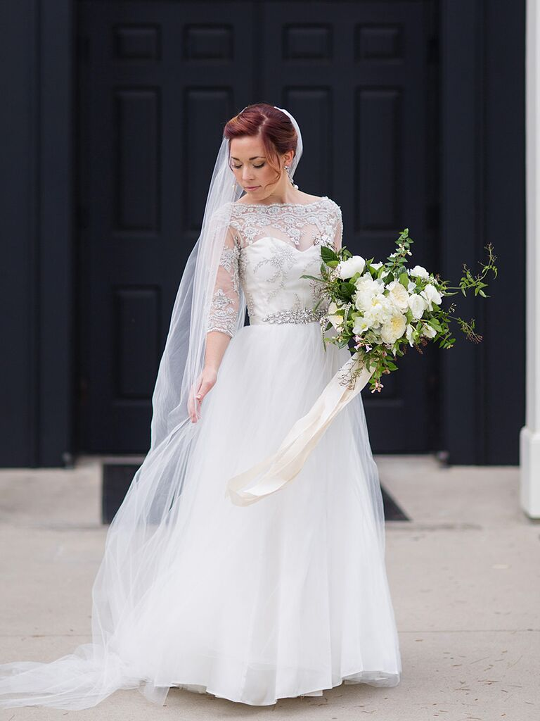 14 Gorgeous Lace Wedding Dresses (With Sleeves!)