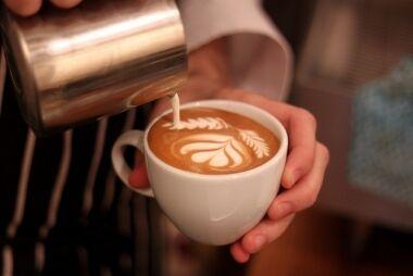 Maui Wowi Hawaiian Coffees & Smoothies