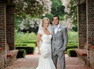 Gabrielle and Derek married in the New Orleans City Parks Botanical Garden in an elegant outdoor ceremony and celebrated at the Pavilion of Two Sister
