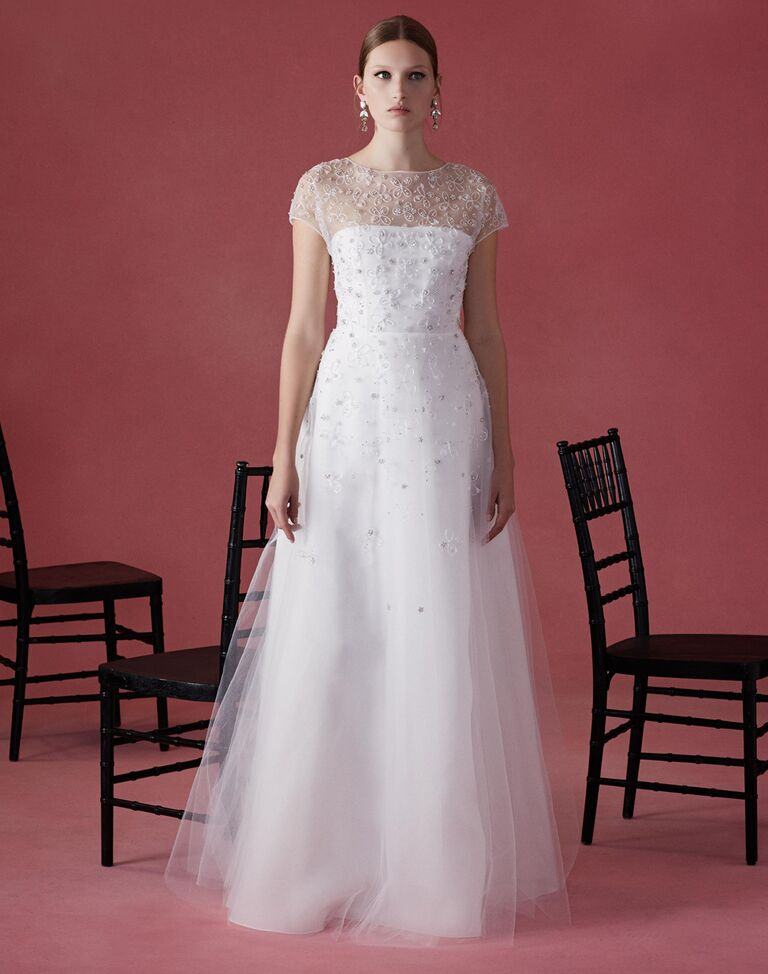 Oscar De La A Fall 2016 Wedding Dress With Short S Eeves Beading And
