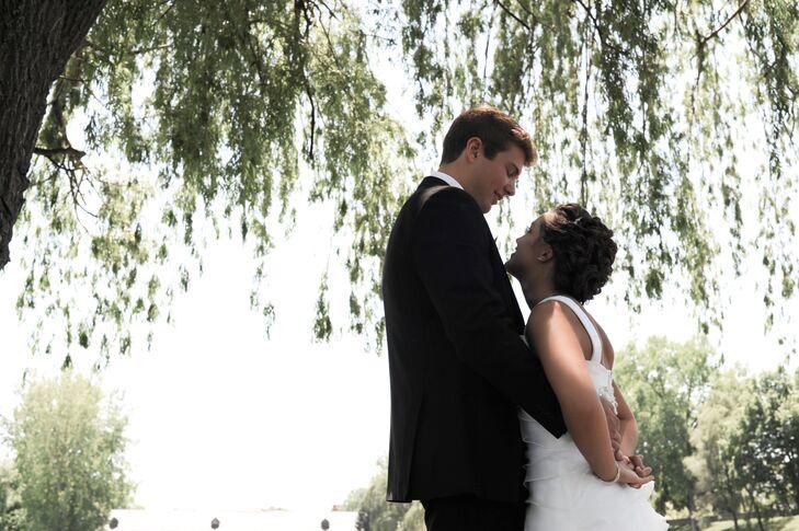 Hannah Chernich (20, a House Keeper) and Zach Evans (21, an Application Developer) held their wedding at their church in Bridgeport, Michigan. A color