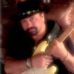 Marietta, GA Acoustic Guitarist | DAVID PAYTON: US #1 One-Man-Band (& Now DJ!)