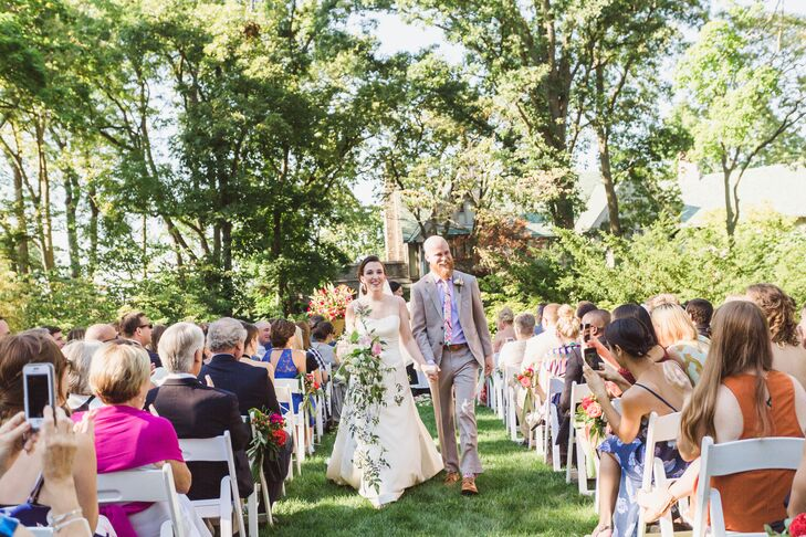 Relaxed Backyard Ceremony