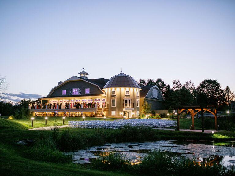 Barn wedding venue in Newton, New Jersey.