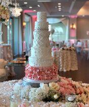 I Heart Cakes By Yari LLC
