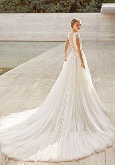 Rosa Clará Couture ECUADOR A-Line Wedding Dress