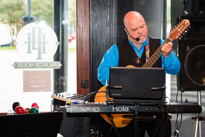 Charlie Roberts Dj And Live Musician Djs Pensacola Fl
