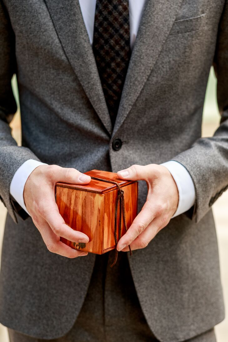A Custom Slim-Fit Gray Wedding Suit and Wooden Ring Box
