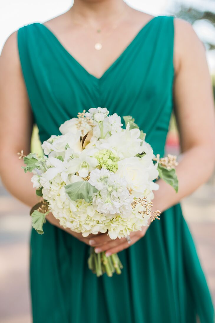 Bouquets with Hydrangeas and Gold Leaves