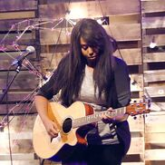 Louisville, KY Pop Acoustic Guitar | Kimberly Alana