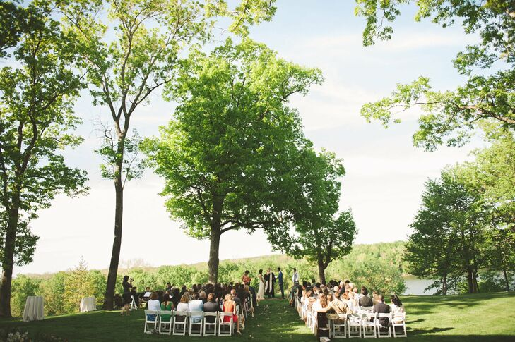 The couple exchanged vows atop a cliff overlooking the Potomac River.