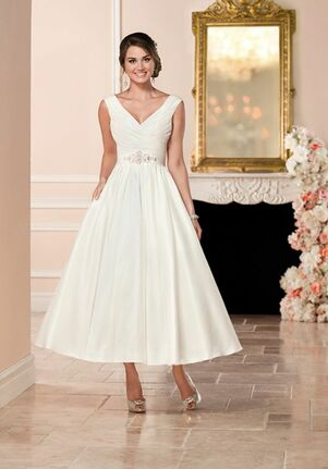 281c06d91fc1 Tea Length Wedding Dresses | The Knot