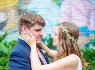 Kristin (29 and a graduate student) and Andrew (32 and a Senior Development Operations Engineer) first met online. After a year of dating, Andrew stag