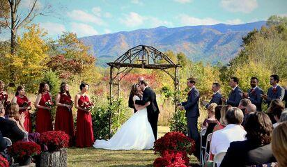 Gatlinburg Wedding Packages.Above The Mist Weddings Ceremony Venues Gatlinburg Tn