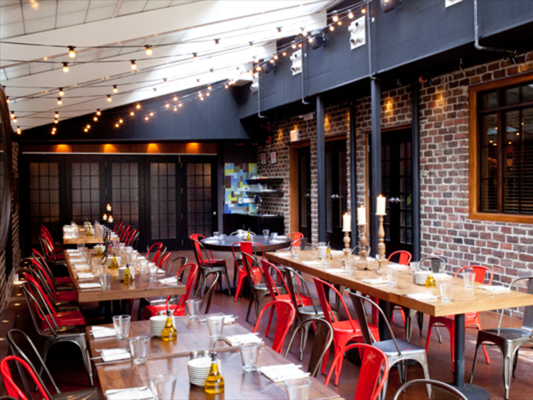 Rehearsal Dinner Venues in Chicago