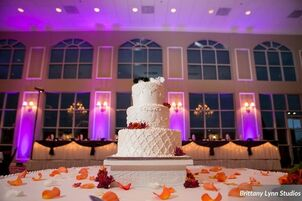 Dream Palace Banquet Hall Wedding Venue Receptions Center Quinceanera Celebrations Parties With Mexican Food And American Lynwood