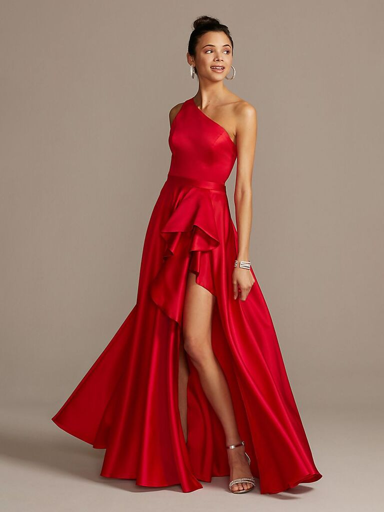 27 Red Wedding Dresses That Are Showstopping And Shoppable