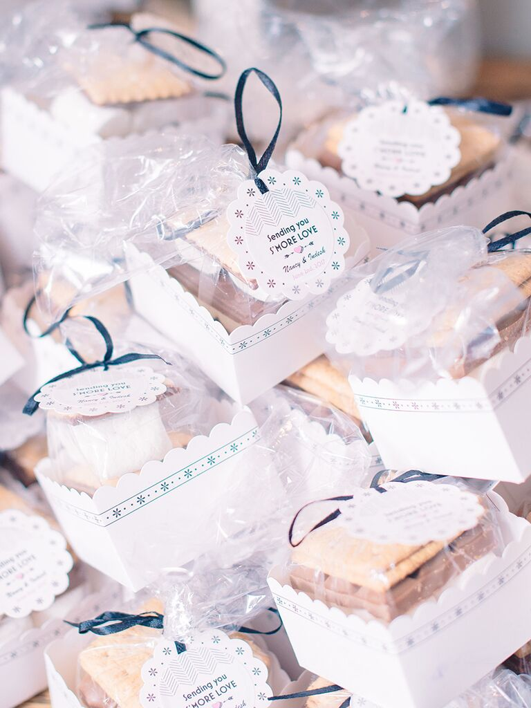 Best Wedding Favor Ideas for Each Season