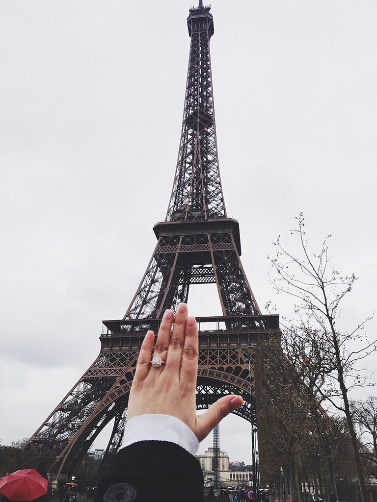 Engagement ring selfie idea with the Eiffel Tower