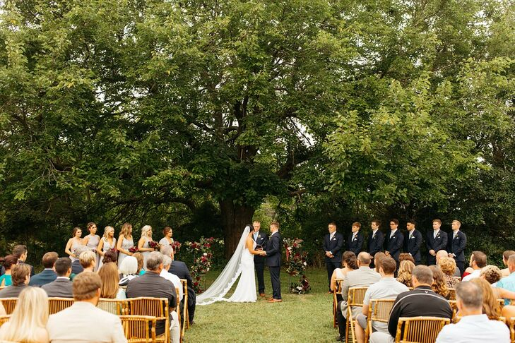 Classic Ceremony at Greenhouse Two Rivers in Highlandville, Missouri