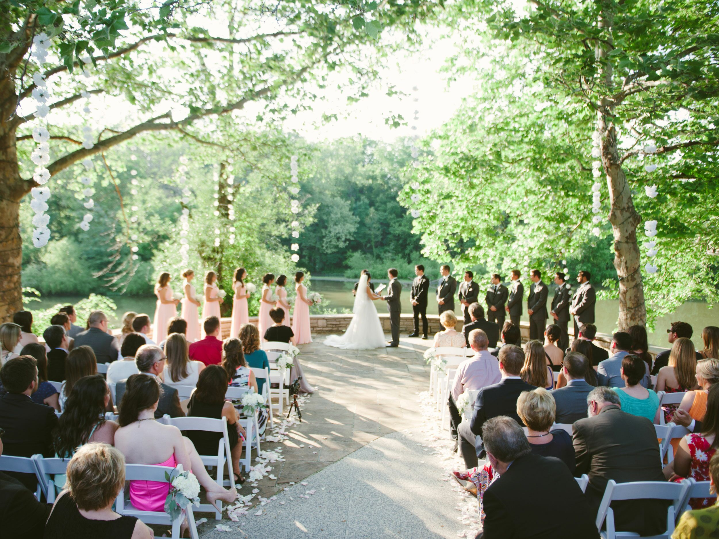 12 Ohio Woodland Venues For A Natural Wedding