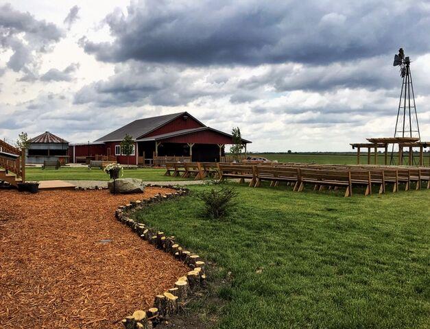 The Rustic Barn Venue   Reception Venues - Nora Springs, IA