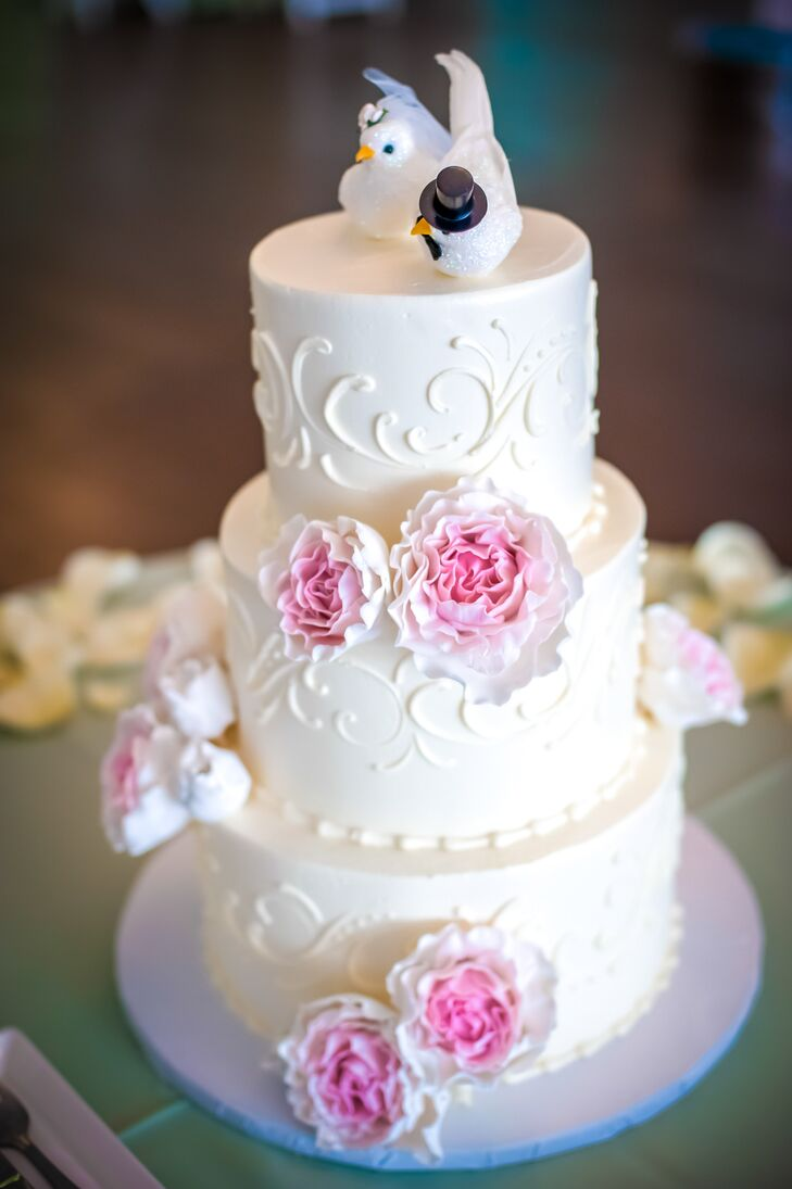 Classic White Fondant Wedding Cake With Pink Flowers