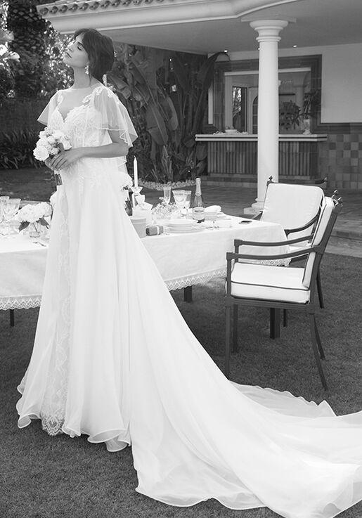 0498e3edd503 Alessandra Rinaudo Collection LINDA AR 2018 Wedding Dress - The Knot