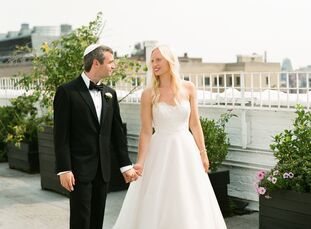 Mia Gliedman (27 and a user experience designer) and Jake Gardner (30 and COO and a cofounder of RTK.io) pulled off a romantic, modern affair for thei