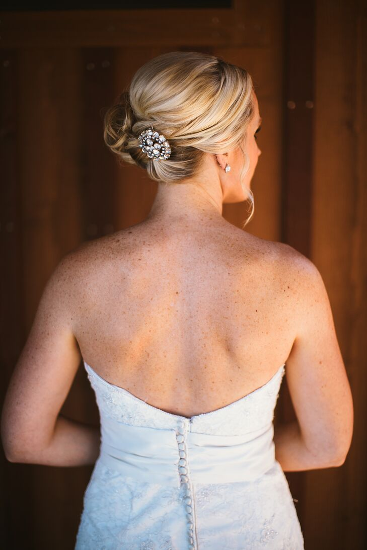Bethany wore her hair pinned back with an elegant silver brooch, which had a sparkle that went beautifully with her equally glamorous stud earrings.