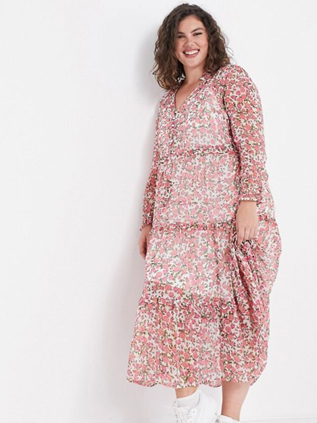 Pink plus size floral maxi dress with long sleeves