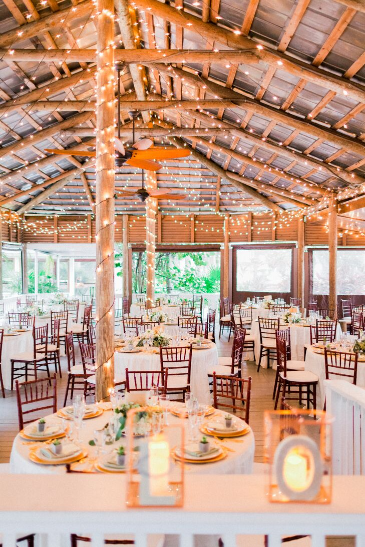 A Green and Gold Wedding at Paradise Cove Orlando in ...