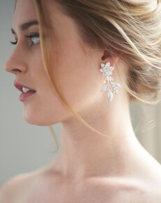 Dareth Colburn Katie Floral Crystal Earrings (JE-4156) Wedding Earring photo