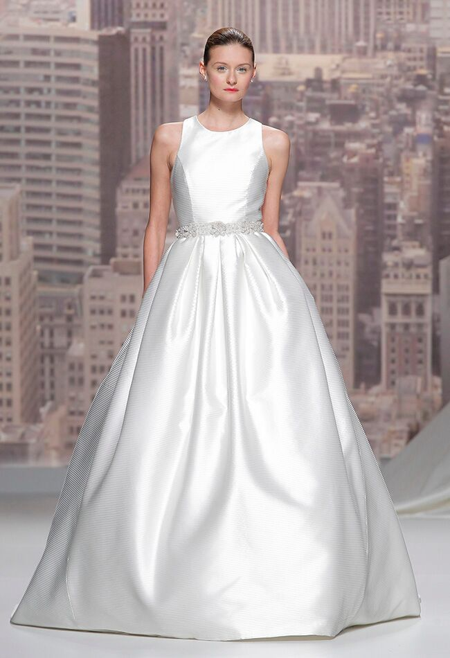 Rosa Clara Wedding Dresses Fall 2015 | Blog.theknot.com