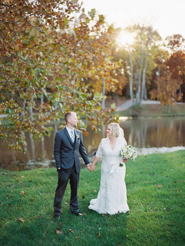 Allison Buechert (26 and a media planner) and Matthew Freeman (34 and works in IT) met at a wedding. Matthew proposed on an old railroad bridge overlo