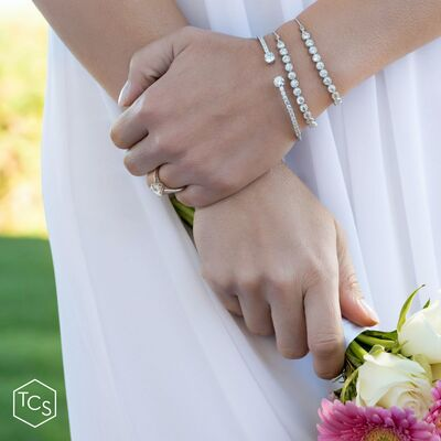 Griselle, Ind. Consultant Touchstone Crystal by Swarovs