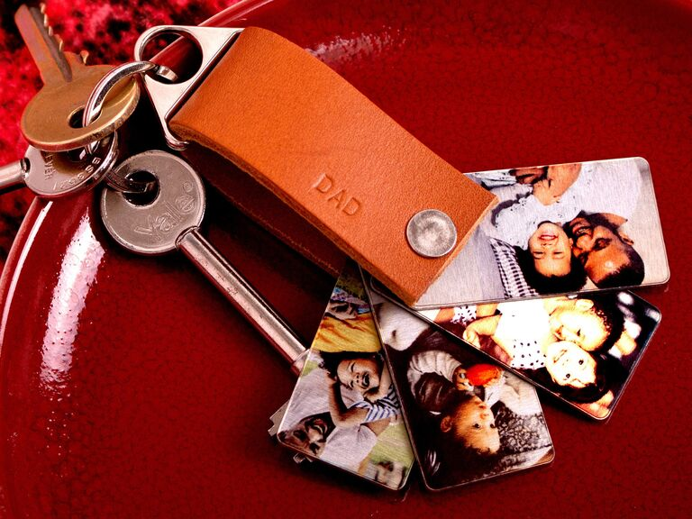 Photo keychain father of the groom gift