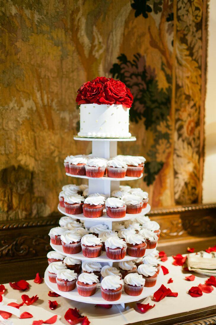 Red Velvet Wedding Cake.Red Velvet Cupcake And Wedding Cake Tiers