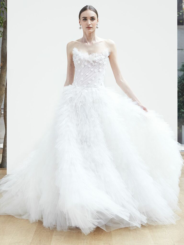 25380fd7e7e Oscar de la Renta Spring 2018 strapless ball gown with floral overlay and  tulle-trimmed