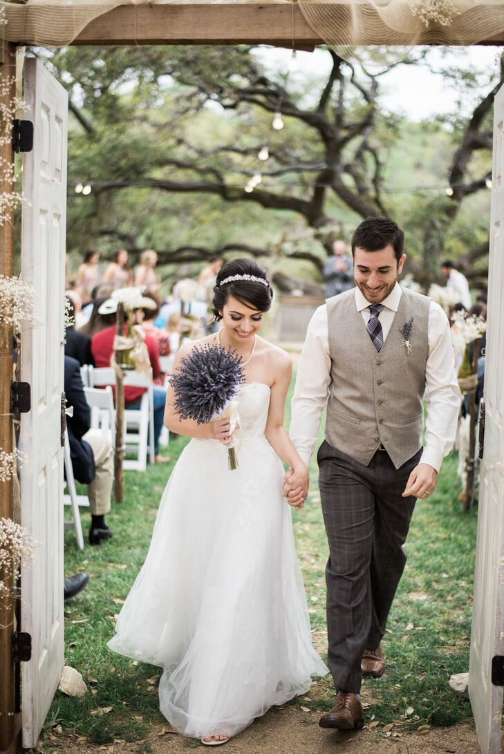 Jada wore her dream dress—a strapless Melissa Sweet gown. It was vintage-inspired with six layers of tulle, delicate lace details and beading sewn throughout the dress. Absolutely gorgeous!