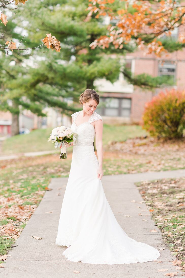 Lace Mori Lee Wedding Dress With Crystal Cap Sleeves