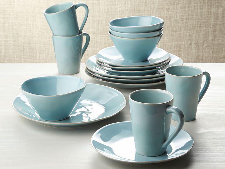 best everyday dishware crate and barrel
