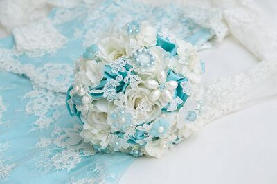 Elegant Bridal Bouquets & Decor