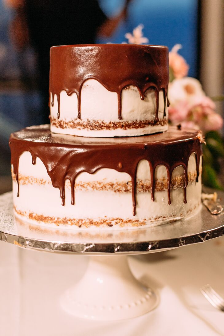 Naked Cake with Chocolate Ganache Drizzle