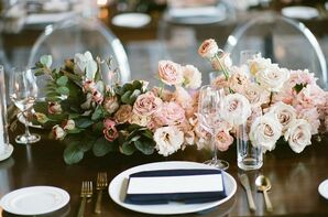 Romantic Centerpieces with Pink Roses and Leaves