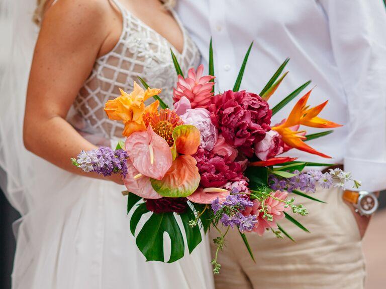 Tropical bouquet 2019 bouquet trends