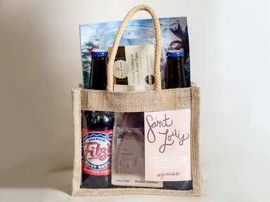Saint Louis–themed welcome bags wedding