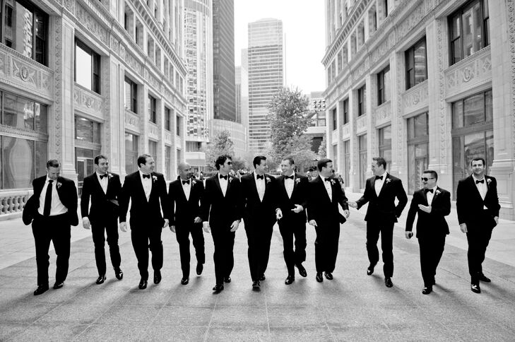 In keeping with the classic look, the groomsmen wore classic black tuxedos from Formally Modern Tuxedo, which they paired with black bow ties.