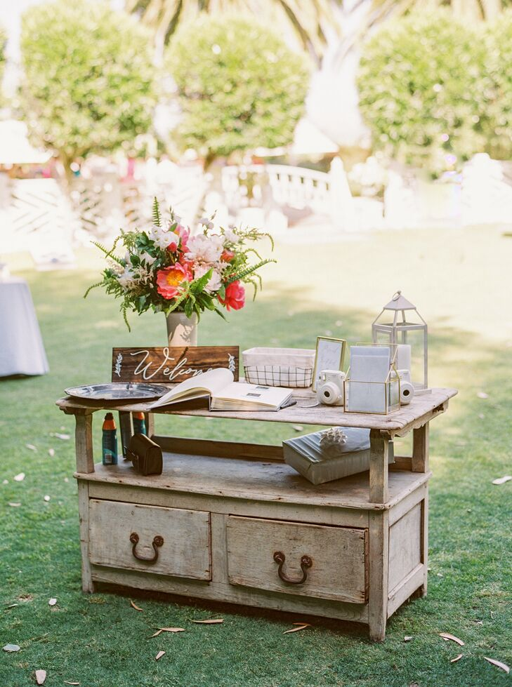 Distressed Vintage Guest Book Table