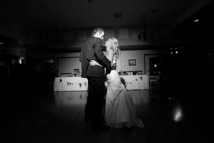 Juli and Mike First Dance